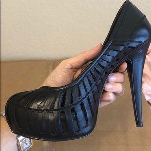 BCBGeneration black hidden platform heel